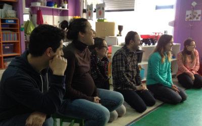 Las familias reviven su infancia en las clases de 3 años